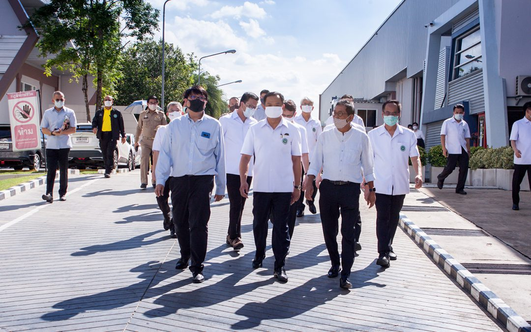 Prime Minister Anutin Chanchawirakun, Minister of Public Health and the group visited the manufacture