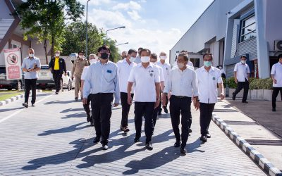 His Excellency Anutin Charnvirakul, Deputy Prime Minister and the Minister of Public Health, along with the delegation, visited the factory